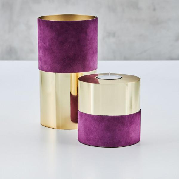 Teelichthalter Ellischka aus goldfarben galvanisiertem Edelstahl Kerzenständer im zweier Set mit Samtbezug aus 100 % Baumwolle in Aubergine Durchmesser 8 cm Höhe 8 cm und 16 cm