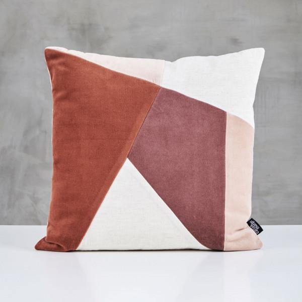 Couchkissen Svedda Polster Kissen mit Samt Bezug aus 100 % Baumwolle Design in Rot Braun Beige  Breite und Tiefe 45 cm