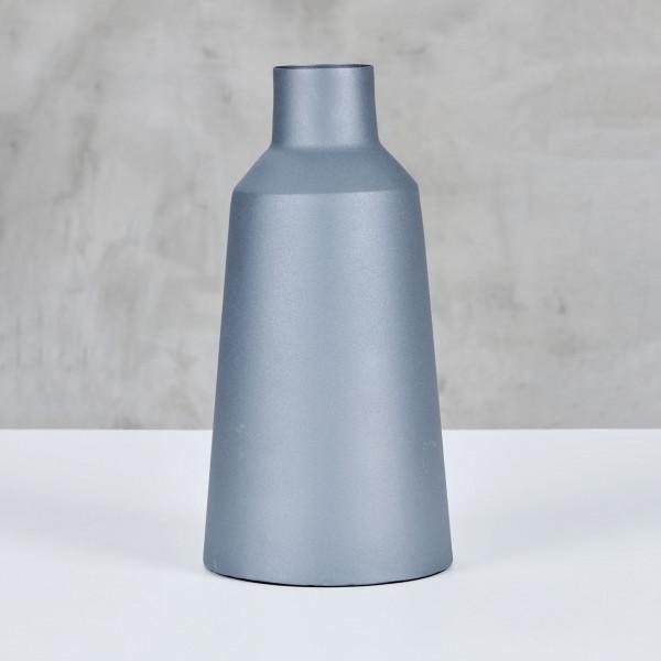 Designer Vase Agmela aus pulverbeschichtetem Eisen in Neutral Grey matt Blumenvase Maße Durchmesser 18 cm Höhe 36 cm