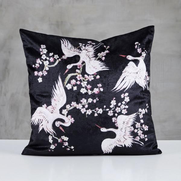 Dekokissen Tildetta Samtbezug Kissen bedruckt mit Kirschblüten und Kranich-Motiv Kantenlänge 45 cm