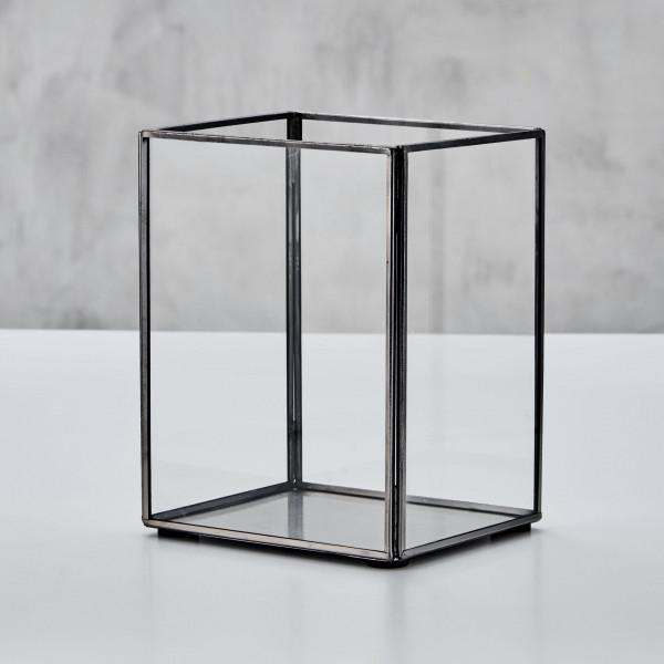 Windlicht Quader Design Gredda Laterne  nickelplattierter Rahmen aus Eisen und Glasscheiben Höhe 19 cm Breite 14,5 cm Tiefe 12,5 cm