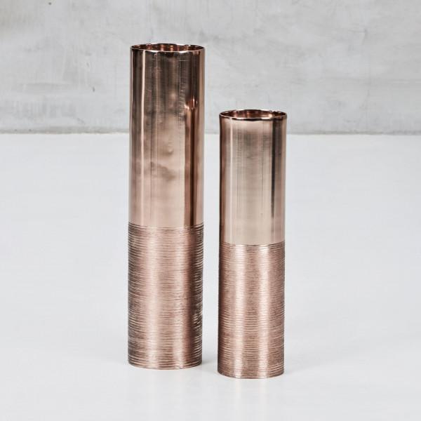 Kerzenständer Abaniola zweier Set zylindrische Kerzenhalter aus kupferplattiertem Aluminium Höhe 53 cm Durchmesser 12 cm und Höhe 43 cm Durchmesser 10 cm